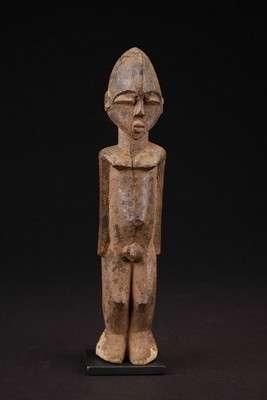 AF543 : Lobi Male Figure