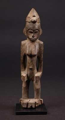 AF570 : Senufo Female Figure