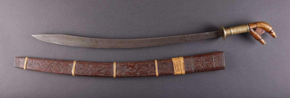 INDO587 : Dayak / Murut Pakayun Sword