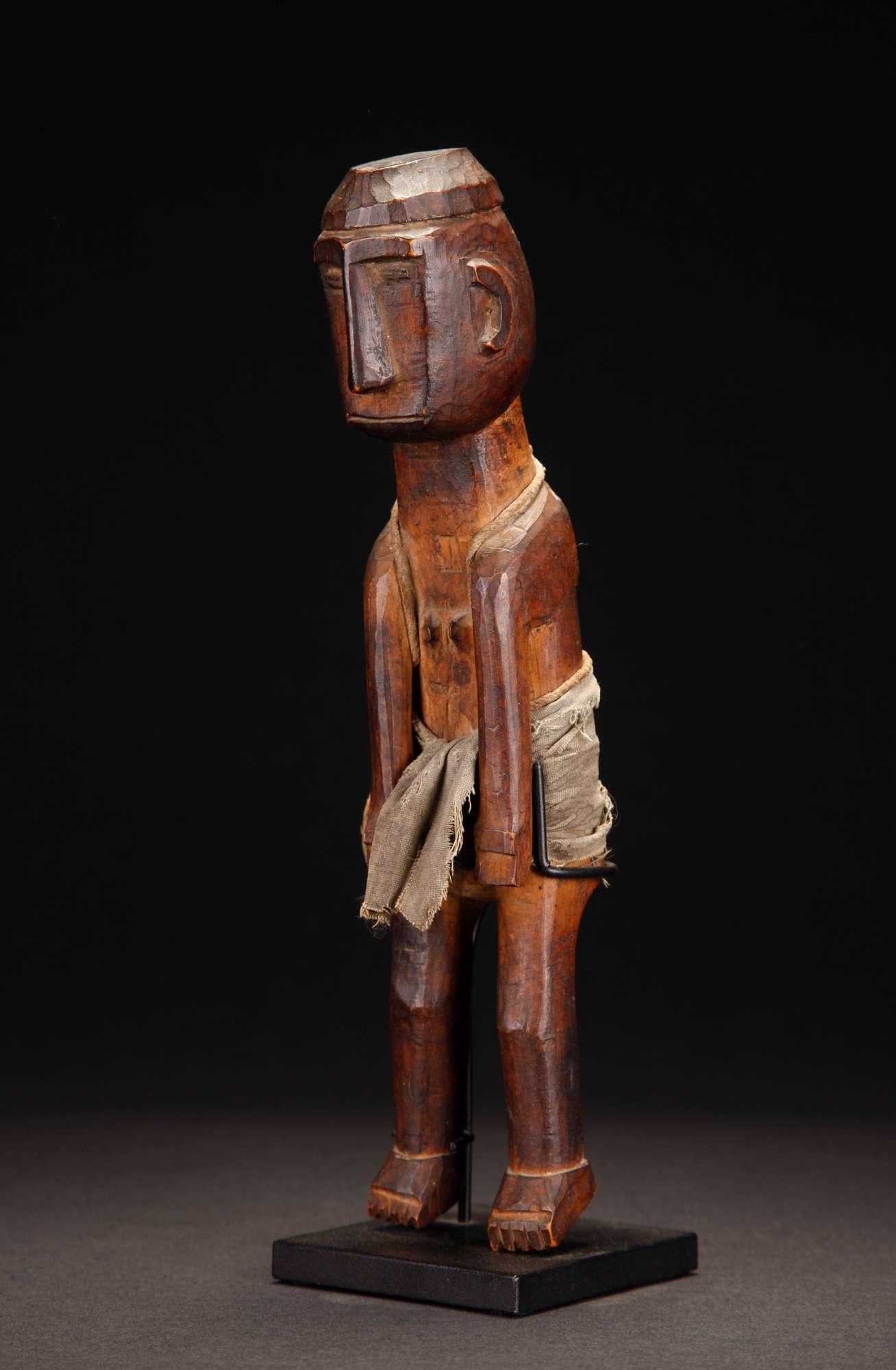 INDO626 : Ata-oro Figure