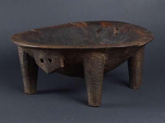 OC223 : Fijian Kava Bowl