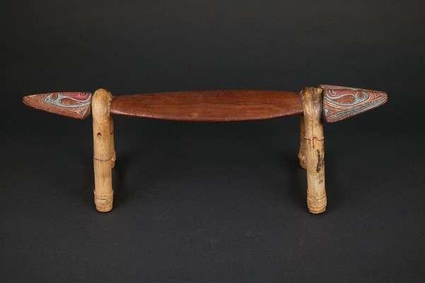OC422 : Sawos / Arapesh Headrest