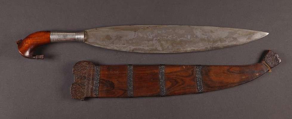 PH645 : Moro Barong Sword