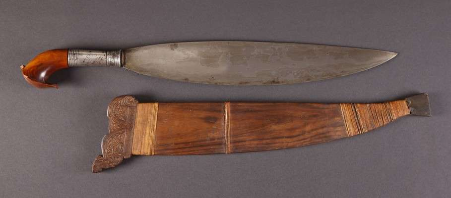 PH658 : Moro Barong Sword