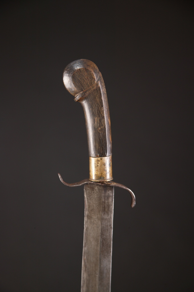 PH532: Central Philippine Sword